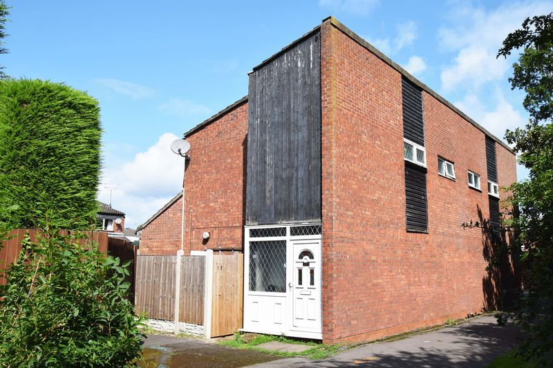 3 bed house for sale in Sutton Close 13