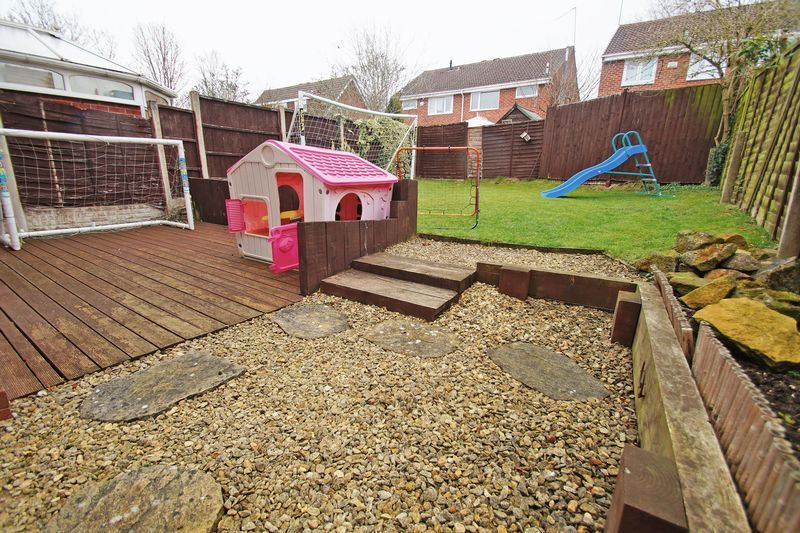 3 bed house for sale in Newent Close 13