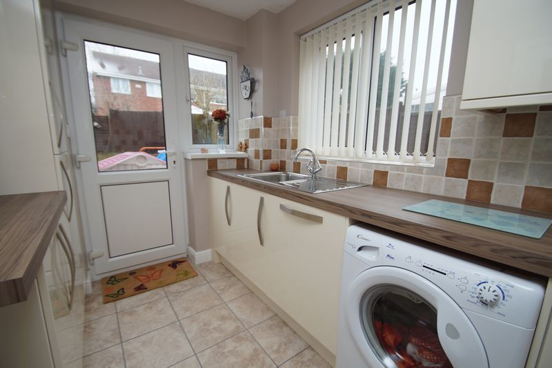 3 bed house for sale in Newent Close 6