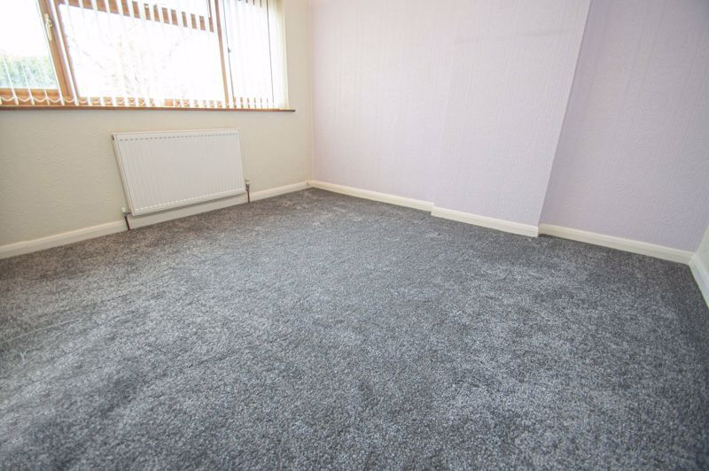 3 bed house for sale in Holmwood Drive 9