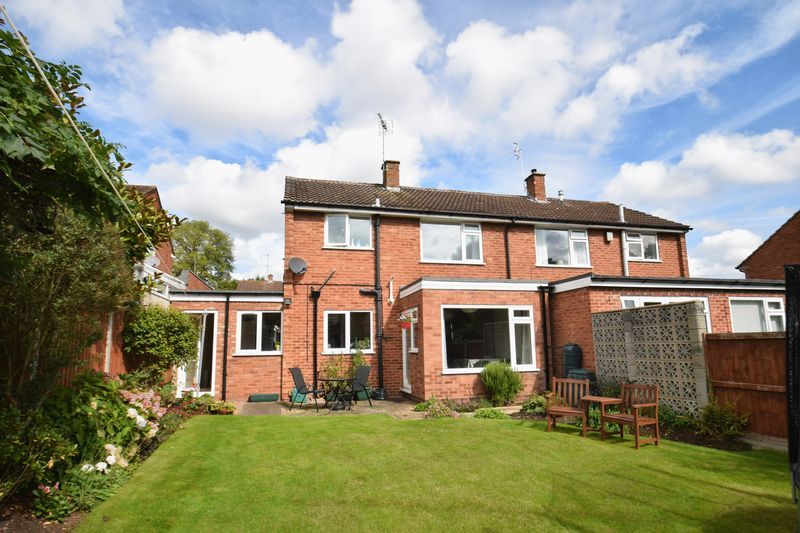 3 bed house for sale in Hopgardens Avenue 15