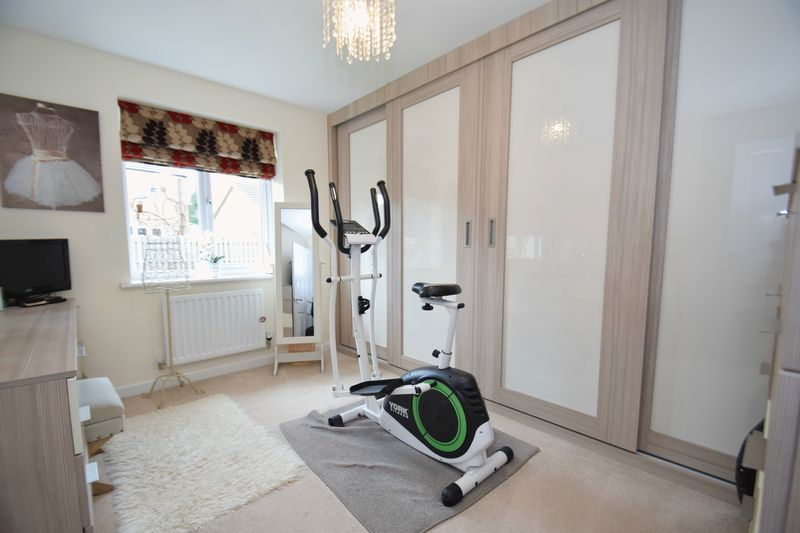 4 bed house for sale in Cowslip Close  - Property Image 14