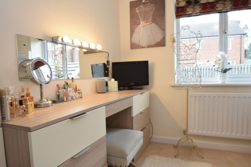 4 bed house for sale in Cowslip Close 15