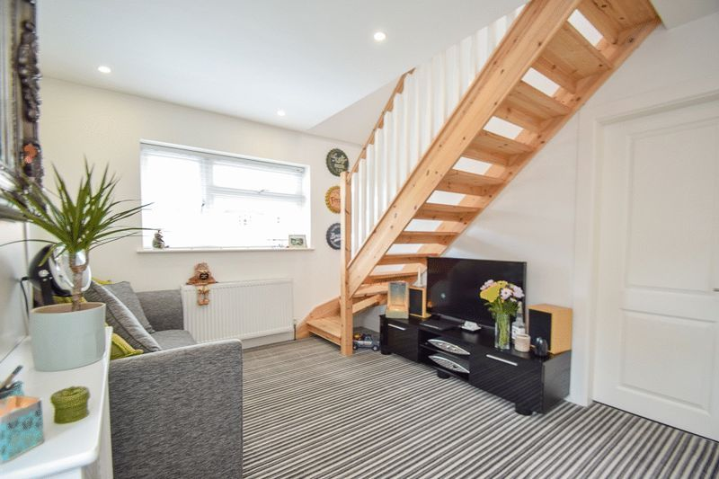 2 bed house for sale in Brueton Avenue 2