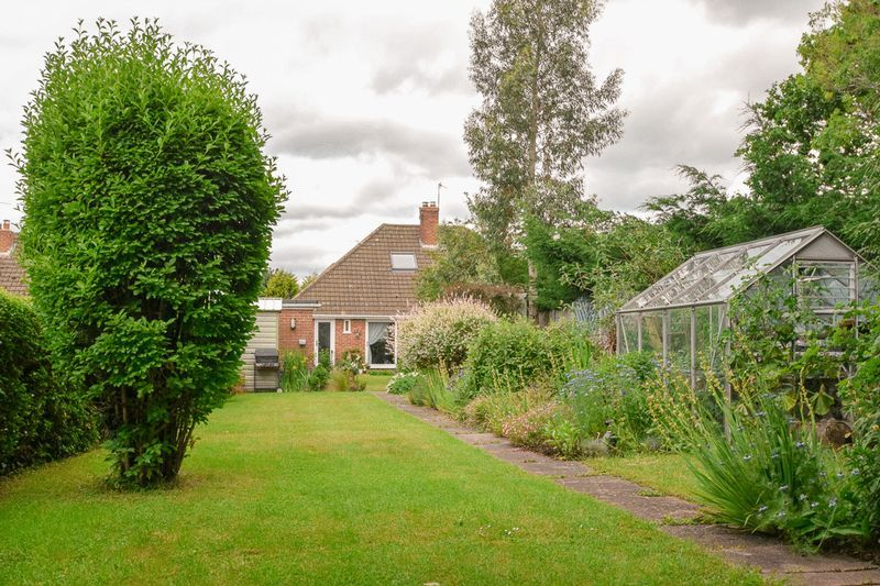 2 bed house for sale in Brueton Avenue  - Property Image 17