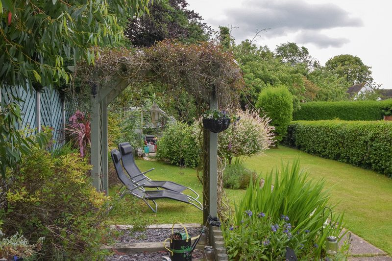 2 bed house for sale in Brueton Avenue  - Property Image 18