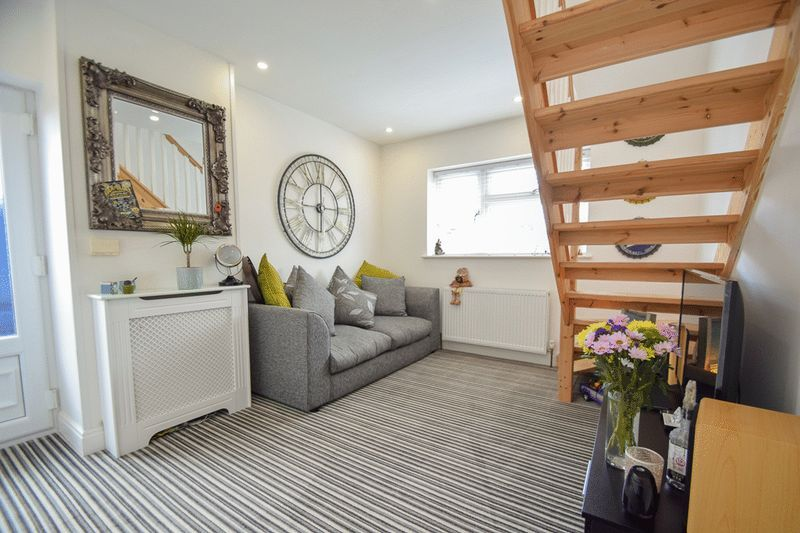 2 bed house for sale in Brueton Avenue 3