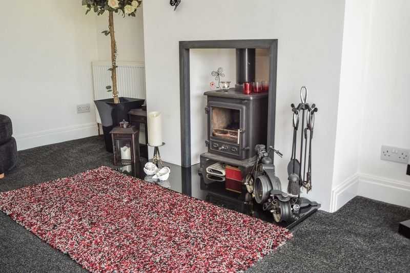2 bed house for sale in Brueton Avenue 7