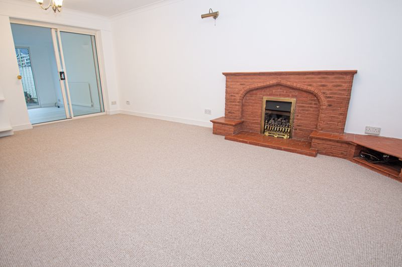 3 bed house for sale in Cheswick Close 2
