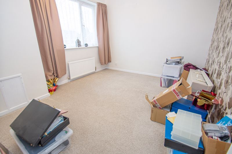 3 bed house for sale in Cheswick Close 13