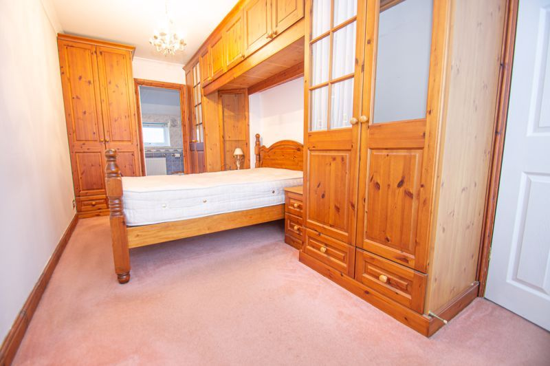 3 bed house for sale in Cheswick Close 9