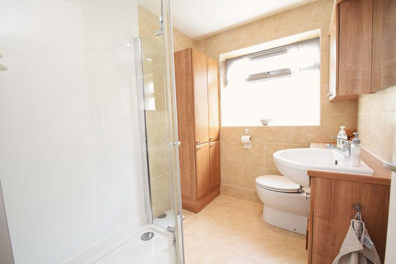 2 bed bungalow for sale in St. Peters Close 13