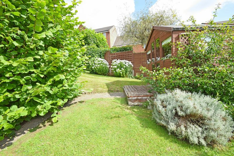 2 bed bungalow for sale in St. Peters Close  - Property Image 16