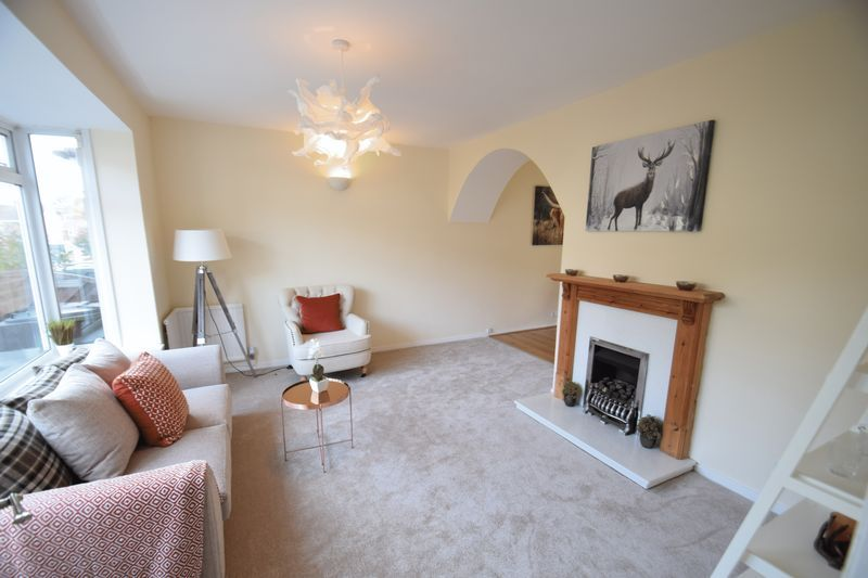 3 bed house for sale in Wendron Close 3