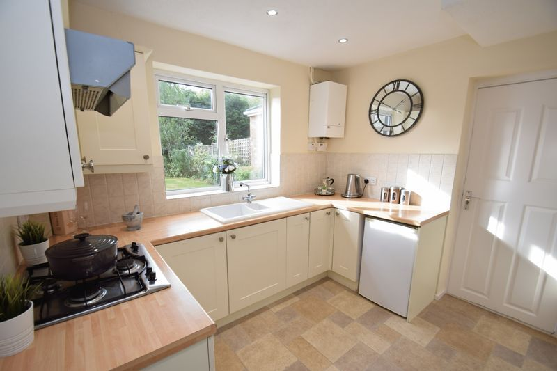 3 bed house for sale in Wendron Close 6