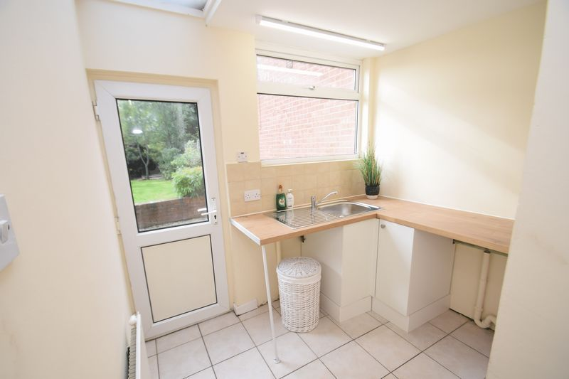 3 bed house for sale in Wendron Close 9