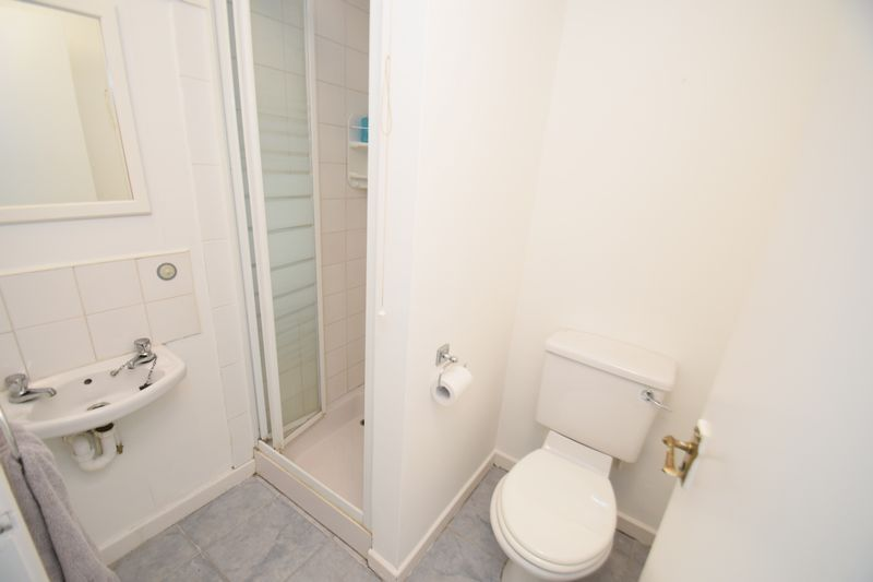 3 bed house for sale in Wendron Close 10