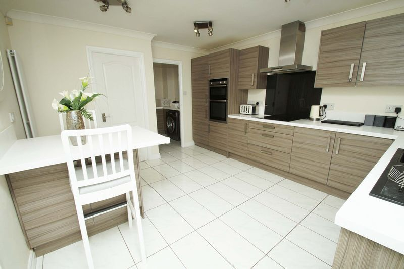 4 bed house for sale in Riverside Close  - Property Image 5