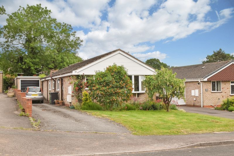 3 bed bungalow for sale in Austcliff Close 1
