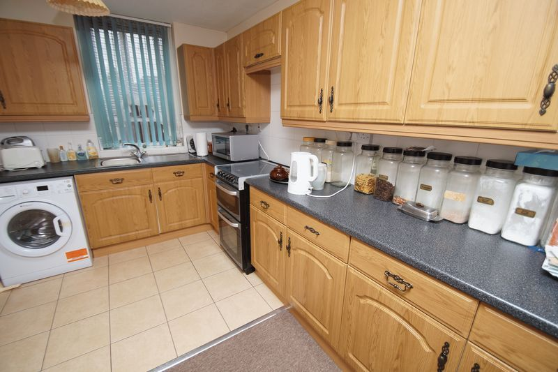 3 bed house for sale in Kineton Close  - Property Image 3