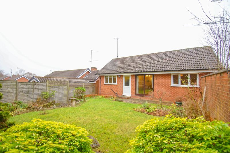 3 bed bungalow for sale in Norbury Close  - Property Image 3