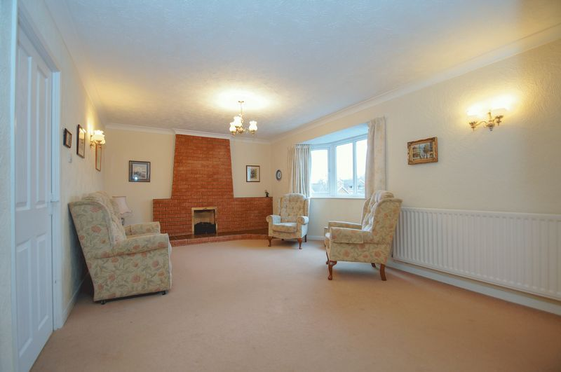 3 bed bungalow for sale in Norbury Close  - Property Image 7