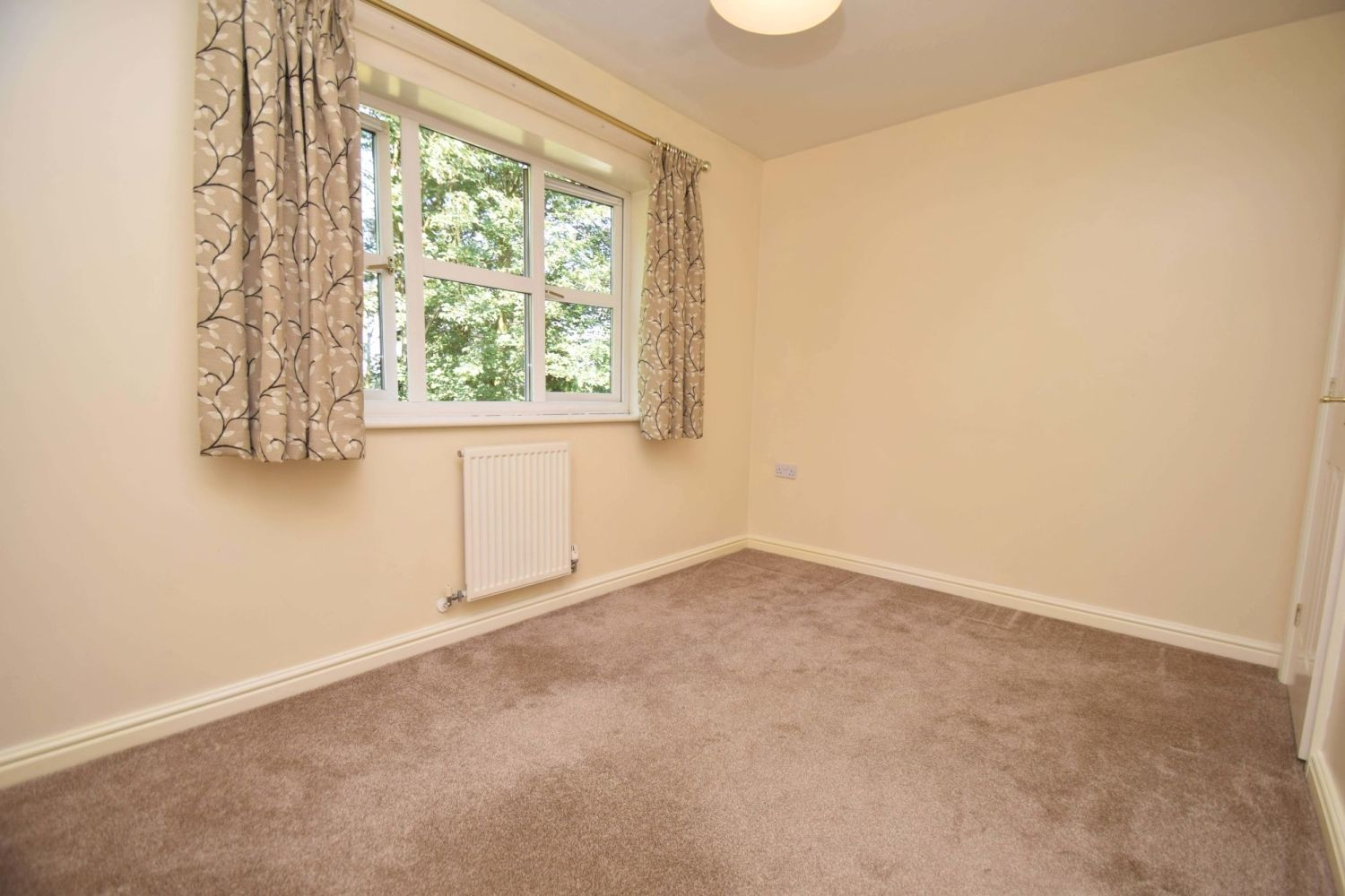 2 bed terraced for sale in Mallow Drive, Woodland Grange 9