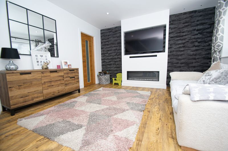 3 bed house for sale in Kitebrook Close 4