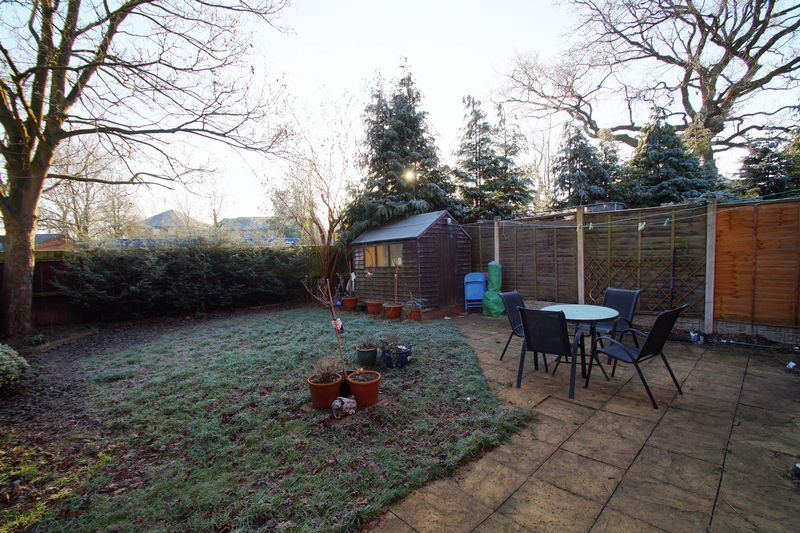 3 bed house for sale in Lassington Close  - Property Image 13