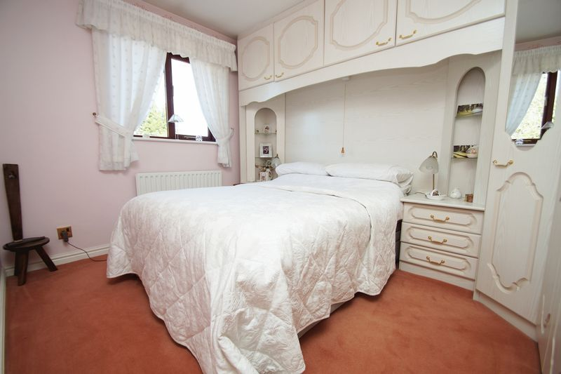 5 bed house for sale in Bridgnorth Road 15