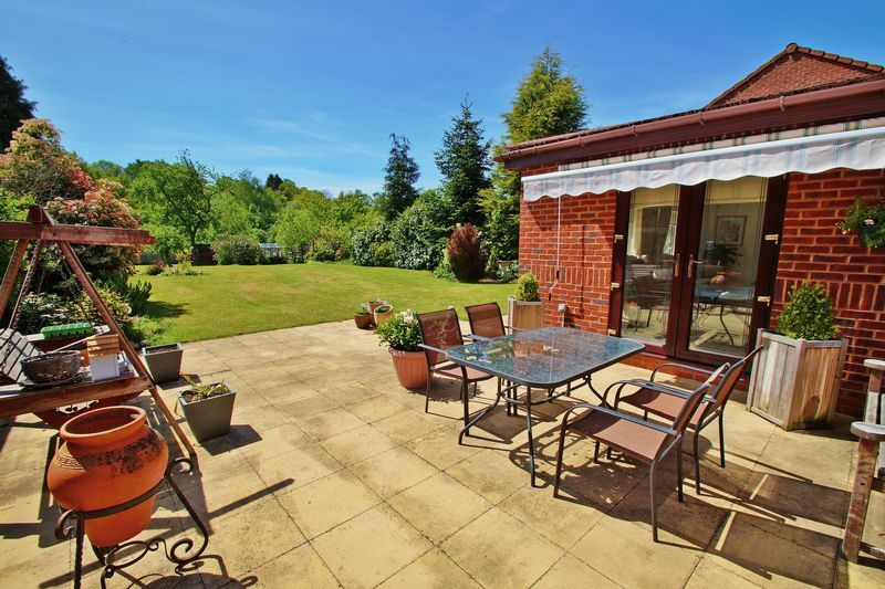 5 bed house for sale in Bridgnorth Road  - Property Image 19