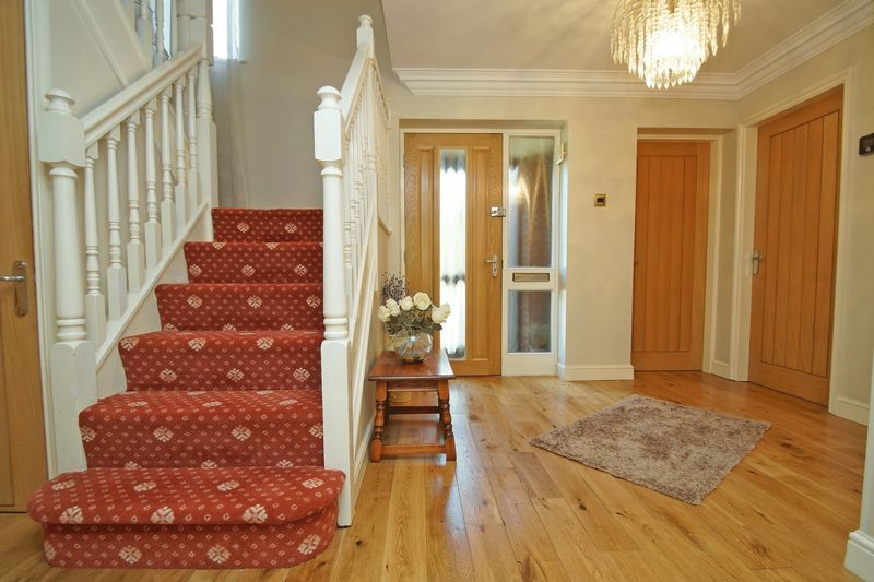 5 bed house for sale in Bridgnorth Road  - Property Image 10