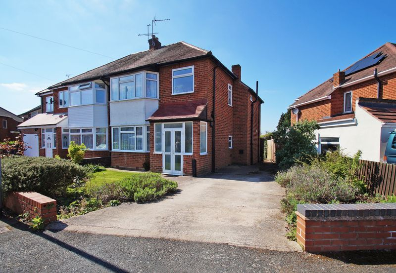 3 bed house for sale in Meadowhill Crescent 5