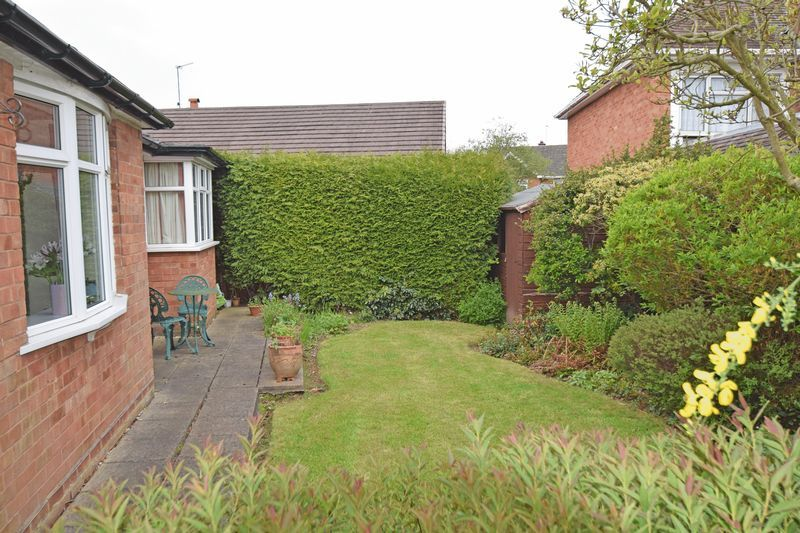 2 bed bungalow for sale in Stourton Crescent  - Property Image 11