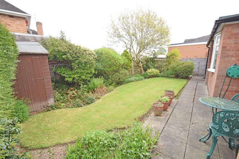 2 bed bungalow for sale in Stourton Crescent 13