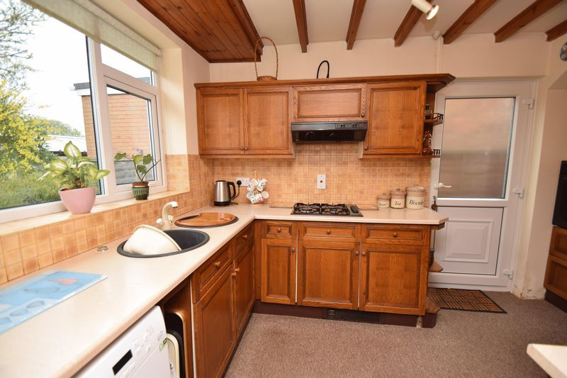 2 bed bungalow for sale in Stourton Crescent  - Property Image 4