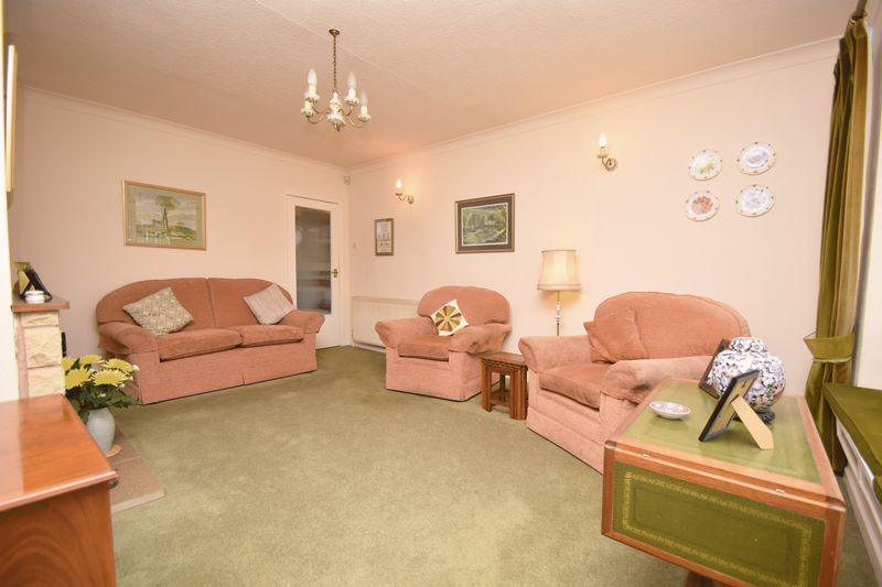 2 bed bungalow for sale in Stourton Crescent  - Property Image 6