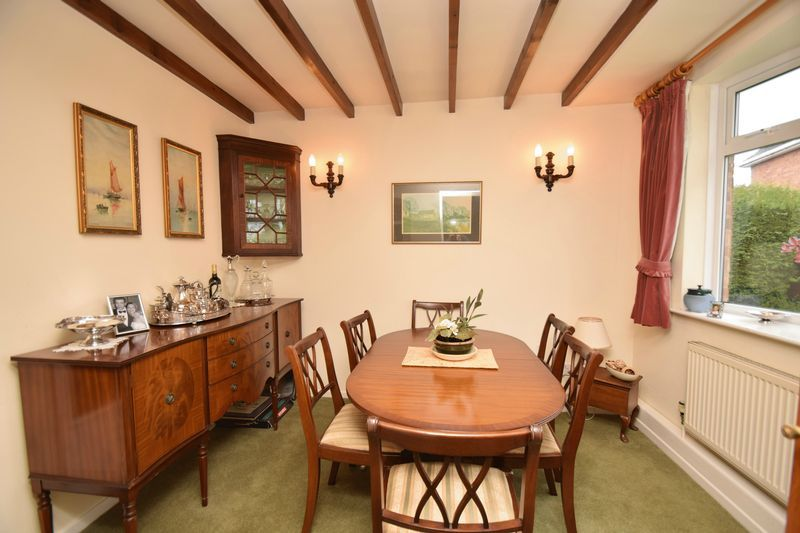 2 bed bungalow for sale in Stourton Crescent  - Property Image 7
