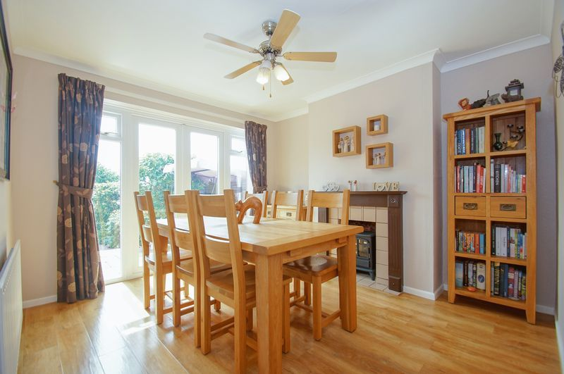 3 bed house for sale in Malvern Road 4