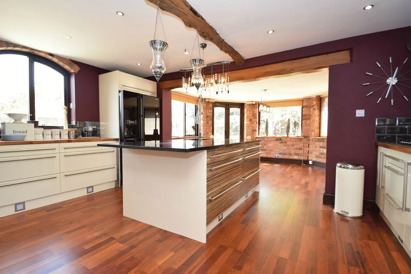 3 bed  for sale in County Lane  - Property Image 3