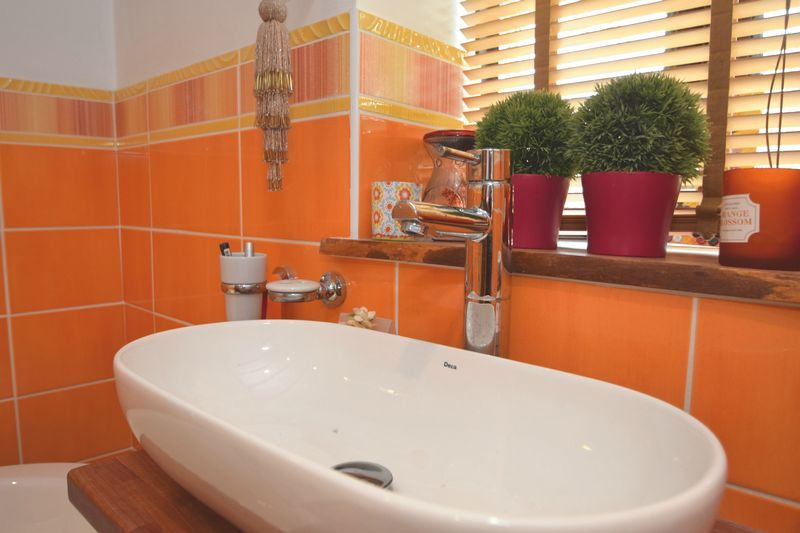 3 bed  for sale in County Lane 8
