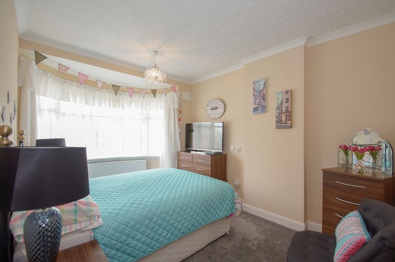 3 bed house for sale in Clive Road  - Property Image 13