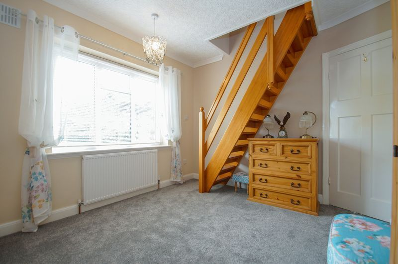 3 bed house for sale in Clive Road 17