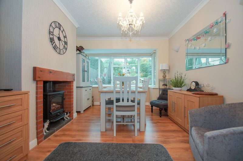 3 bed house for sale in Clive Road  - Property Image 5