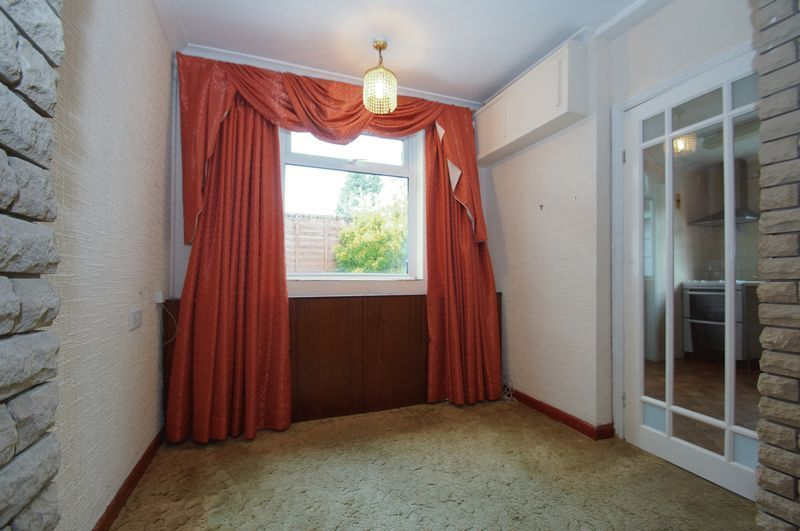 3 bed house for sale in Chequers Lane 6