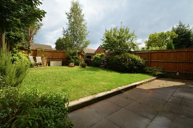 4 bed house for sale in Cathcart Road  - Property Image 15