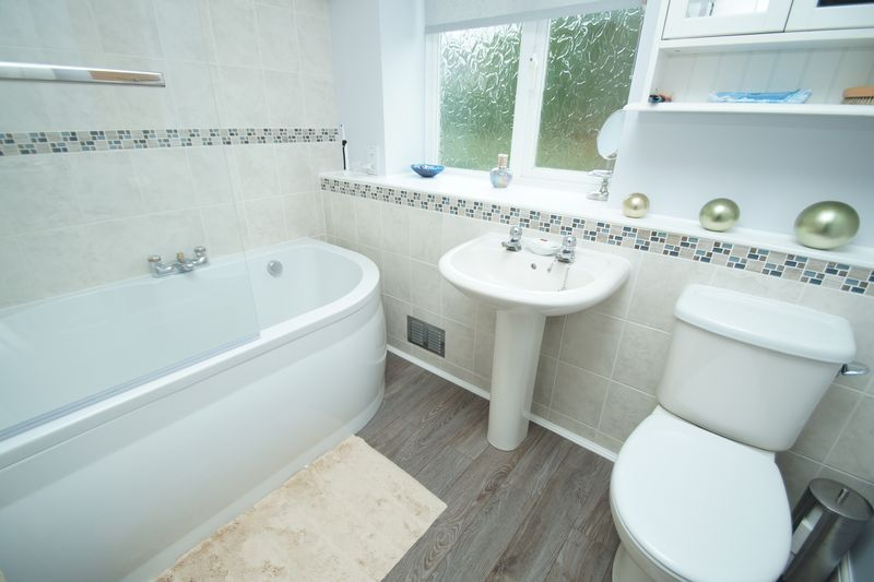 3 bed house for sale in Berrington Close 12