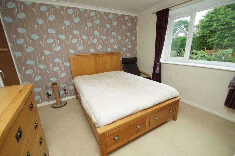 3 bed house for sale in Berrington Close 10