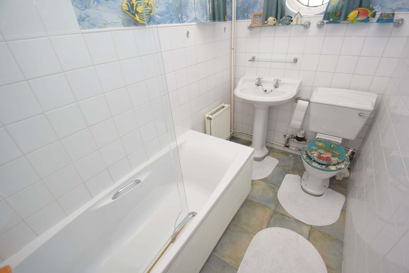 2 bed bungalow for sale in Duncombe Street  - Property Image 12