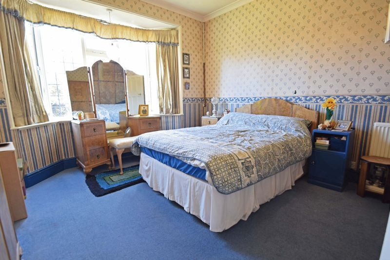 2 bed bungalow for sale in Duncombe Street 9